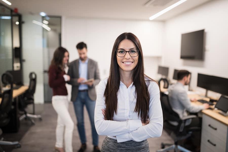 A vezető ügyvédi irodákban 44%-os a nők aránya Magyarországon