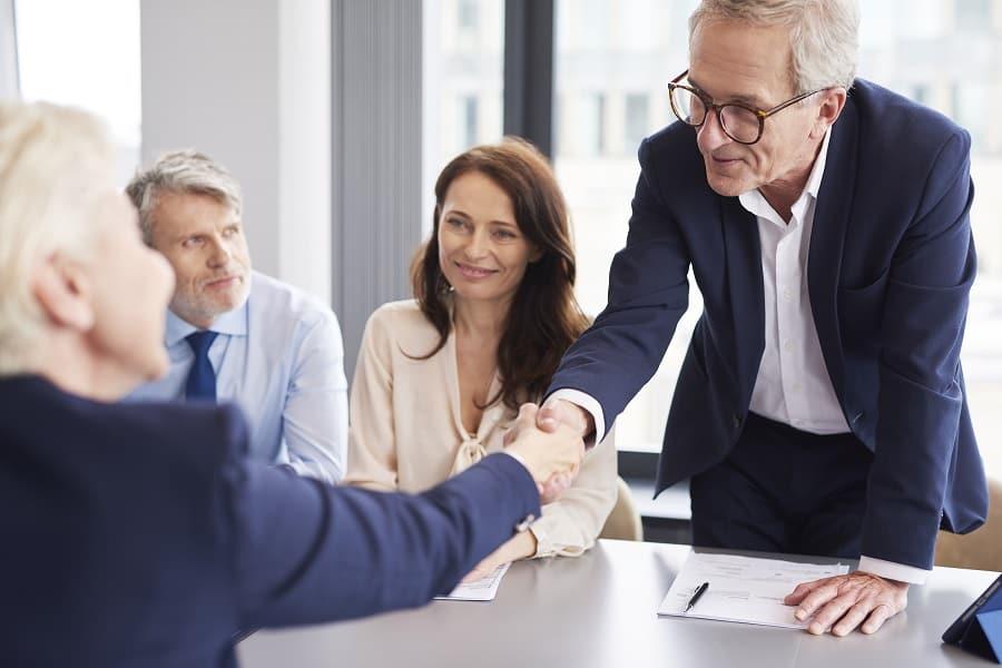 Az ügyvédi szolgáltatások hatékony értékesítése: hogyan csináljuk 5 egyszerű lépésben